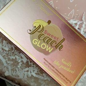 🍑Too Faced tIlluminating Peach/ Blush Palette